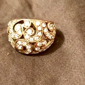 Jewelry - Women's gold plated Ring